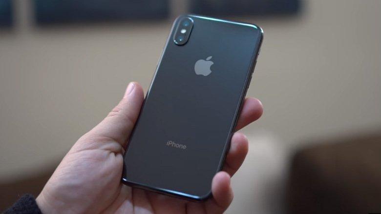 iphone-x-back-held