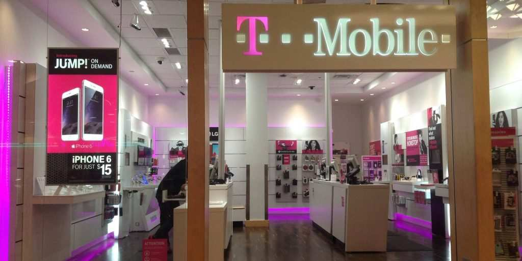 t-mobile_iphone_dailydot