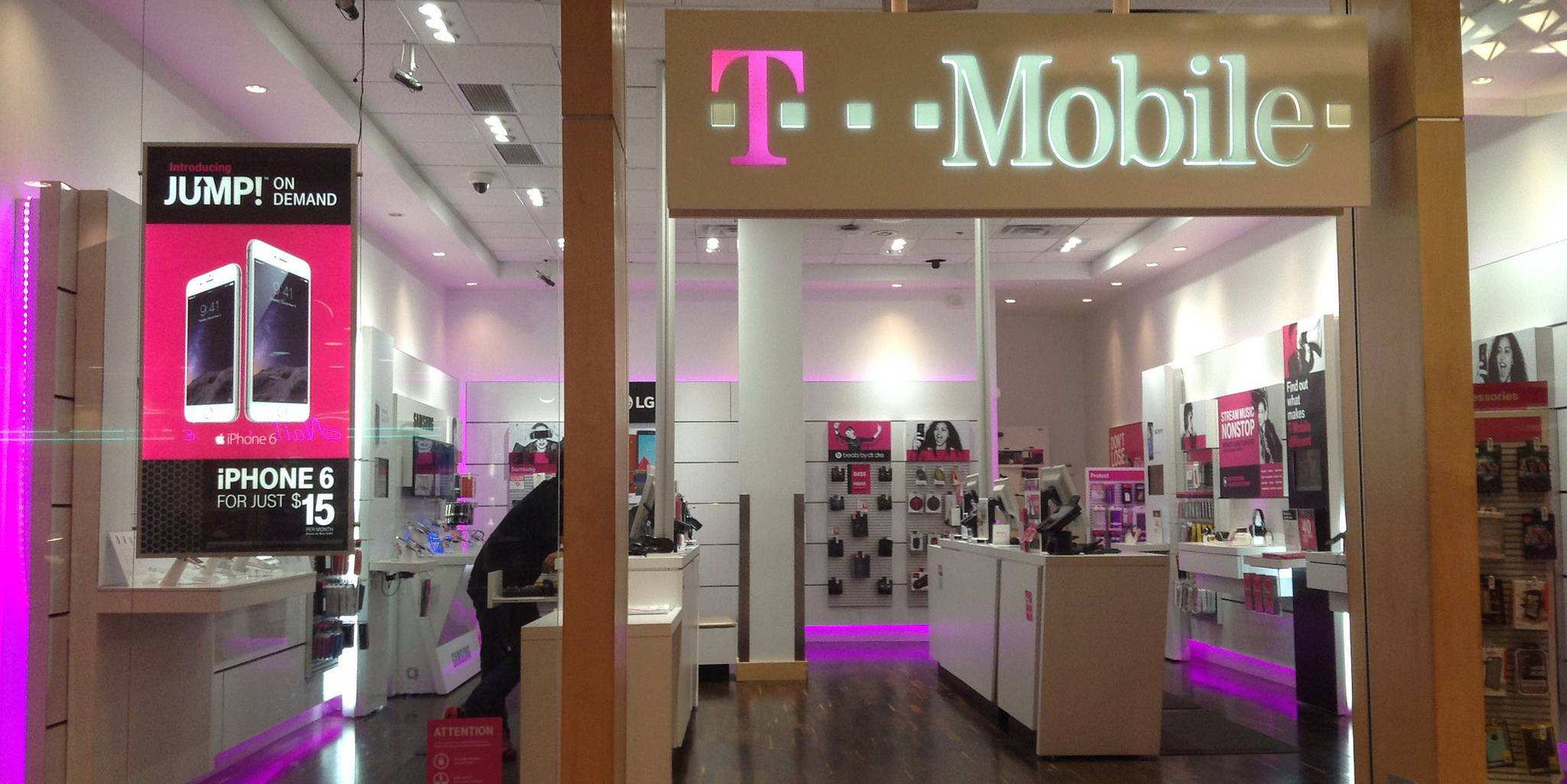 t-mobile iphone dailydot